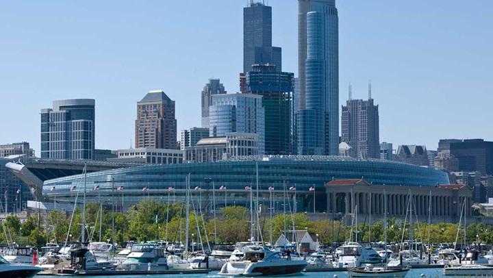 The 6 Best Hotels Near Shedd Aquarium, Chicago, USA ...