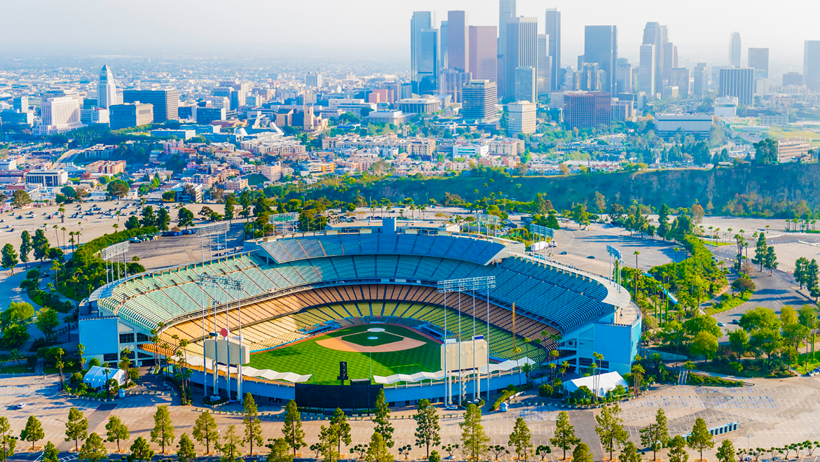 Hotels Near Dodger Stadium | Omni Los Angeles Hotel at California