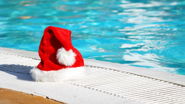Christmas hat at pool