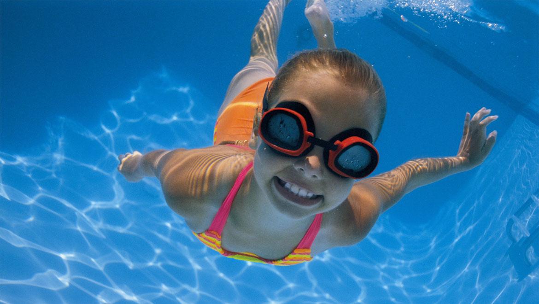 Kid Dive Into Pool Kids Pool Diving Children Water