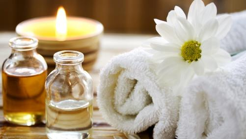 Luxurious Spa Towels and Oils
