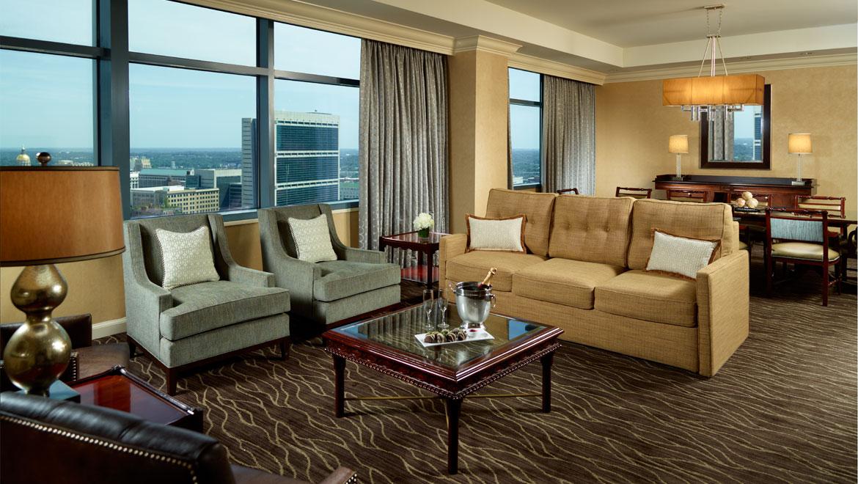 Awesome Luxury Suites In Atlanta Omni Atlanta Hotel At Cnn Center Home Interior And Landscaping Analalmasignezvosmurscom