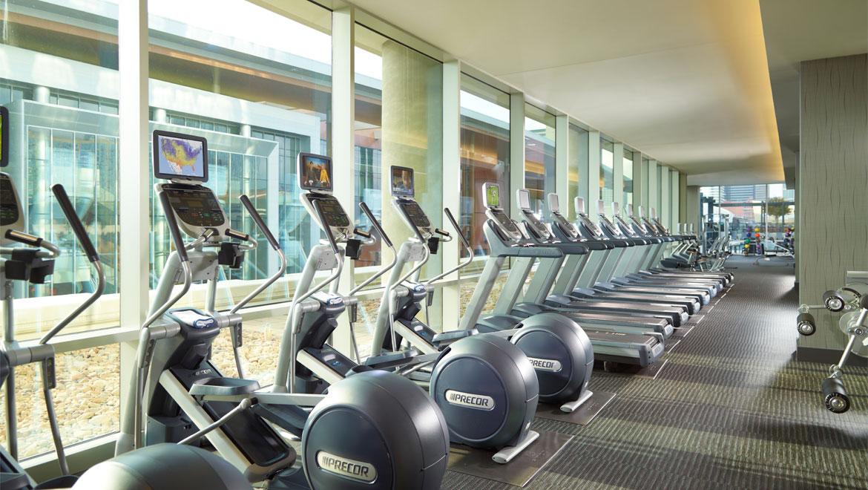 Nashville fitness centers omni nashville hotel for Equipement hotel