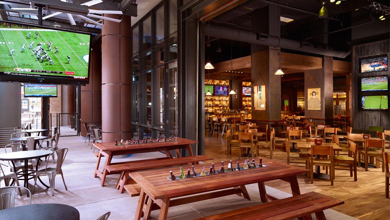 Nashville restaurants and steakhouses omni nashville hotel for Dining sets nashville tn