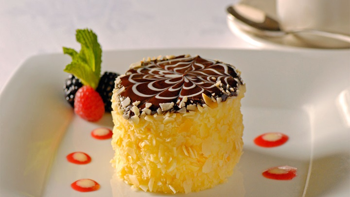 cream pie parker s restaurant is home to the famous boston cream pie ...