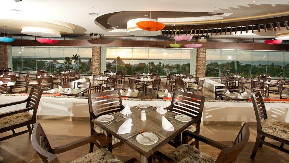 Cancun restaurants omni cancun hotel villas for Ristorante la vista