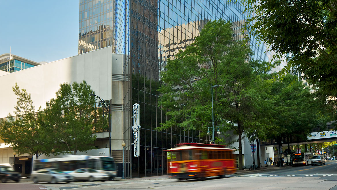 Discover Genuine Service Modern Amenities Providing The Ultimate Address For Downtown Access Omni Charlotte Hotel