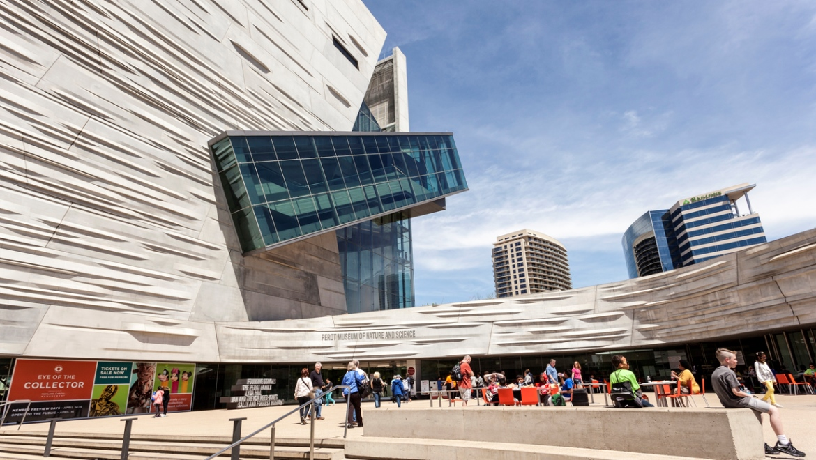 Of Asian Art And Nasher Sculpture Center All Walkable From Omni Or Visit The Dallas World Aquarium Featuring C Reef Kelp Forest Ecosystems