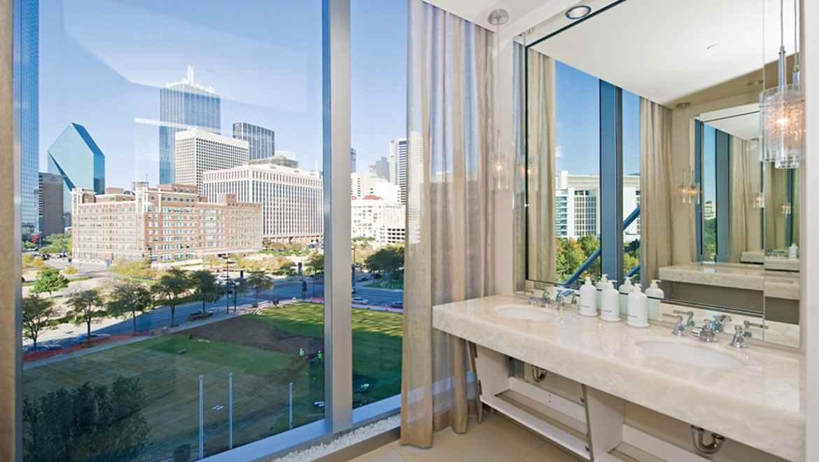 luxury spa destinations omni hotels resorts 19659 | daldtn omni dallas hotel mokara spa changing room w686 la en