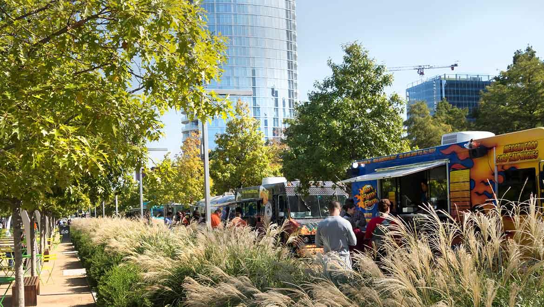 New Farm Park Food Trucks