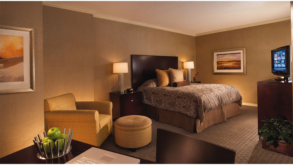 Park West Executive King Guestroom