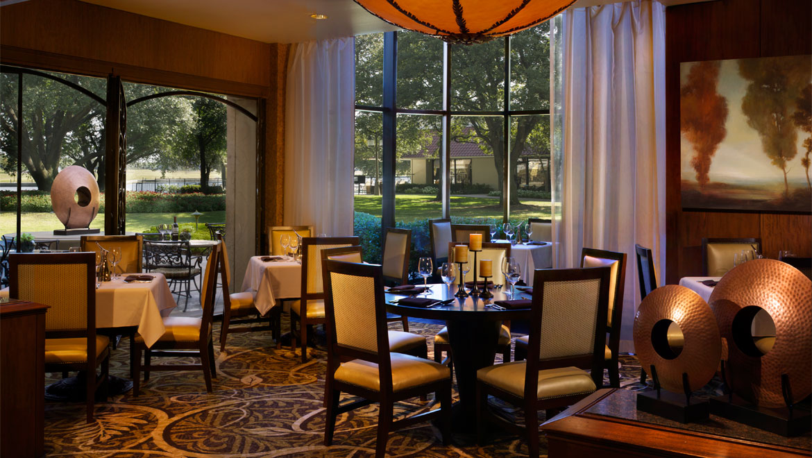 Las colinas restaurants omni mandalay hotel at las colinas for Best private dining rooms dallas