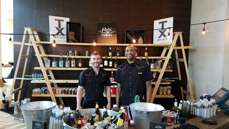 Bartenders at Cowtown Unplugged