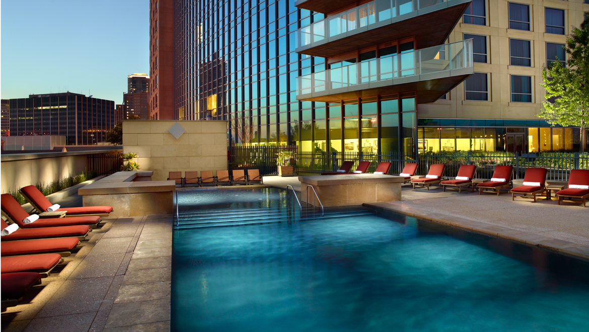 Omni Fort Worth Hotel pool