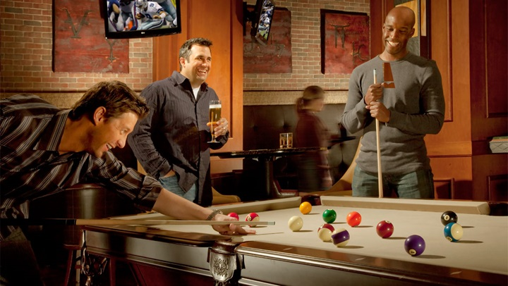 Playing pool at Whiskey and Rye bar in Fort Worth