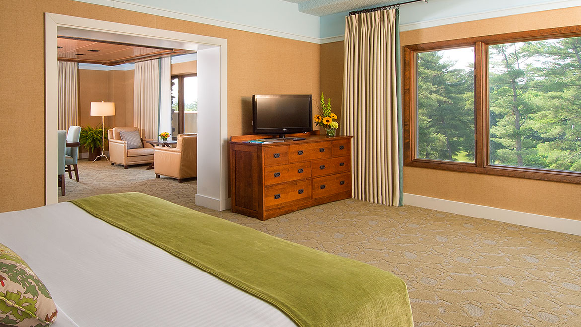 Hotels In Asheville Nc >> Asheville Hotel Suites | The Omni Grove Park Inn