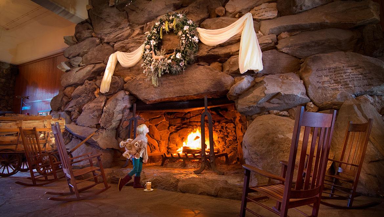Christmas Dining   Asheville, NC │ The Omni Grove Park Inn