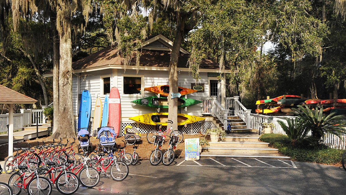 Nearby Palmetto Dunes Outfitters offer a wide range of outdoor activities