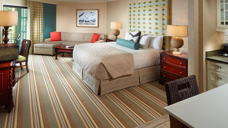 Hotels in hilton head omni hilton head oceanfront resort for Hilton sofa bed