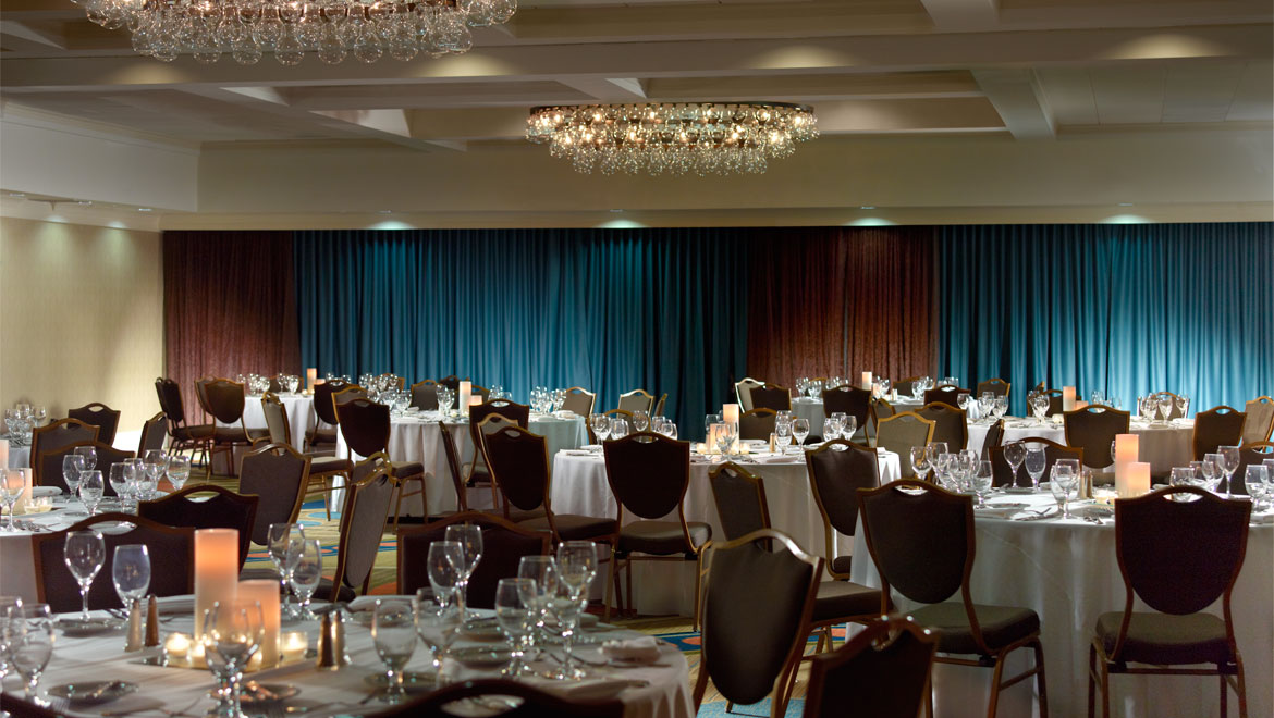 Palmetto Ballroom set with dinner style seating