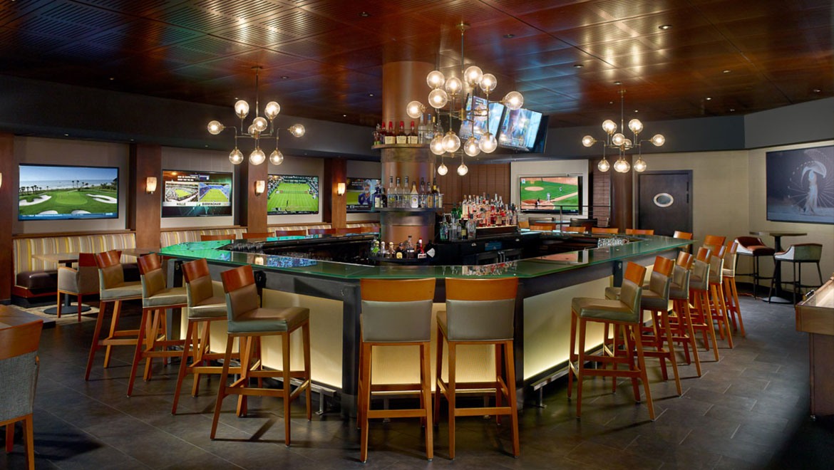 Xo Sports Spirits Bar At Omni Hilton Head Oceanfront Resort