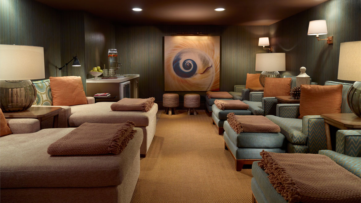Ocean Tides Spa relaxation area at Omni Hilton Head Oceanfront Resort
