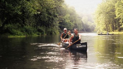 Friends canoeing in Hot Springs
