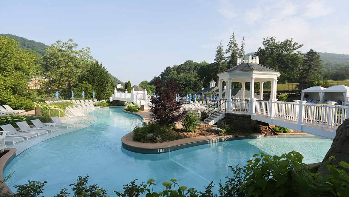 Water parks in virginia the omni homestead resort - Outdoor swimming pools north west ...