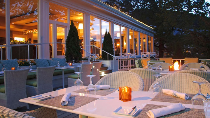 Jefferson's Restaurant terrace