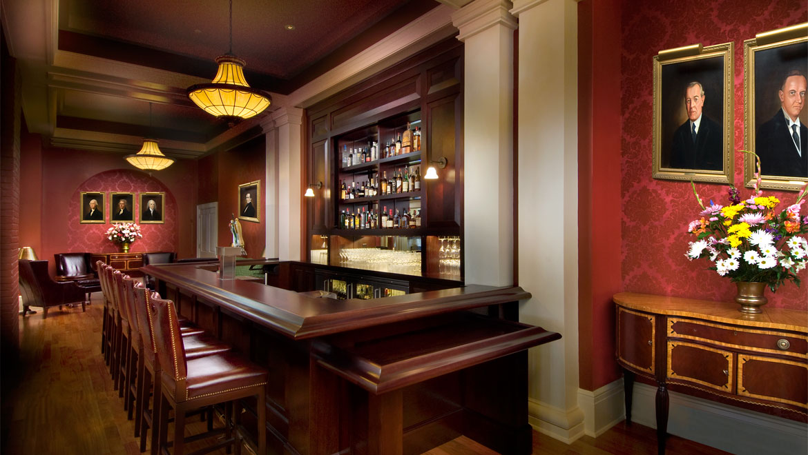 Lobby bar at the Homestead