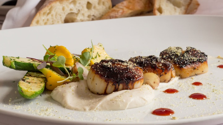 Pumpkin seed crusted diver scallops