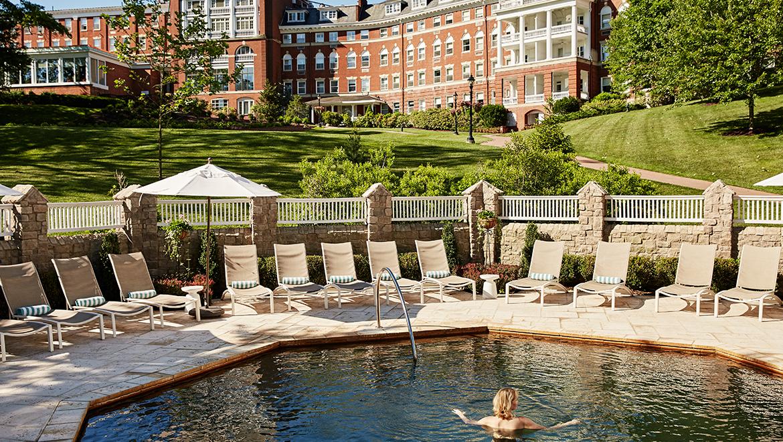 Spa resorts in virginia the omni homestead resort for Garden salon