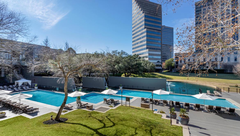Houston Hotels | Omni Houston Hotel