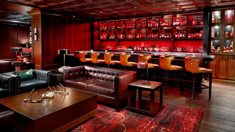 Whiskey Lounge In Houston Omni Houston Hotel