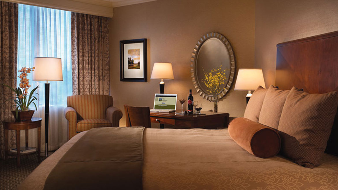 Luxury West Houston Guest Rooms