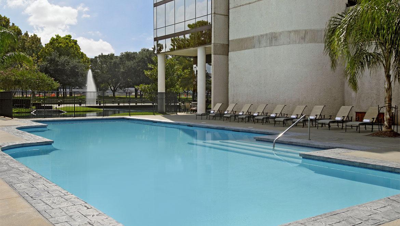 Houston Swimming Pool Omni Houston Hotel At Westside
