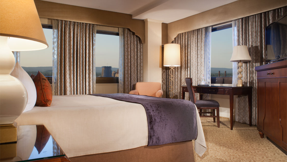 Premier guestroom at New Haven hotel
