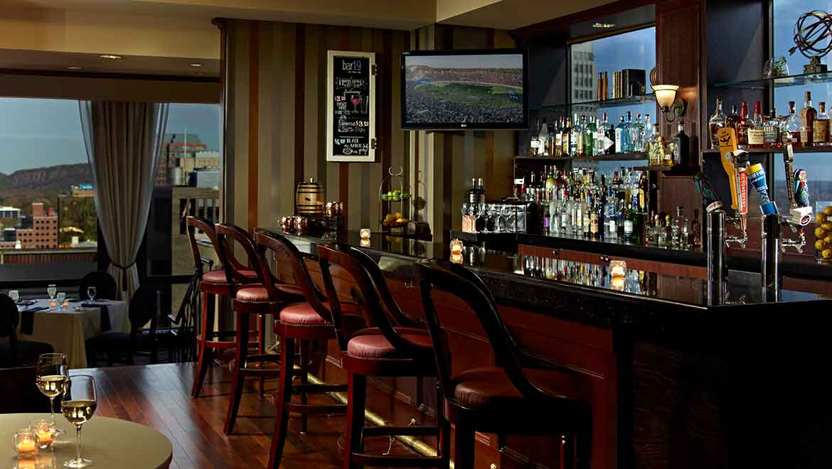 New Haven Restaurants Omni New Haven Hotel At Yale
