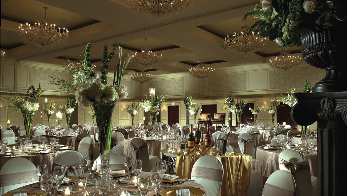 New Haven hotel banquet room