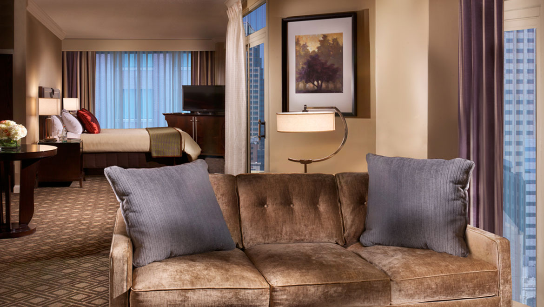 Indianapolis Hotel Suites Omni Severin Hotel