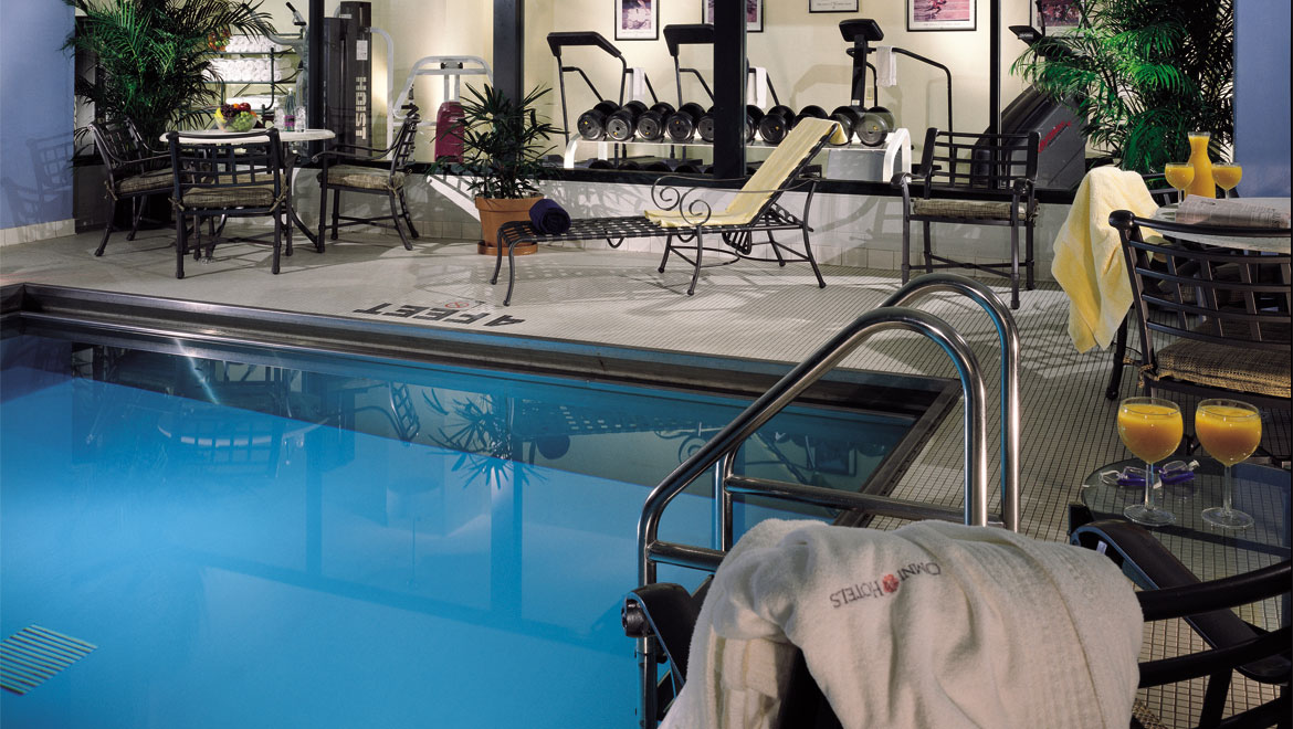 Hotels In Indianapolis With Indoor Pool Omni Severin Hotel