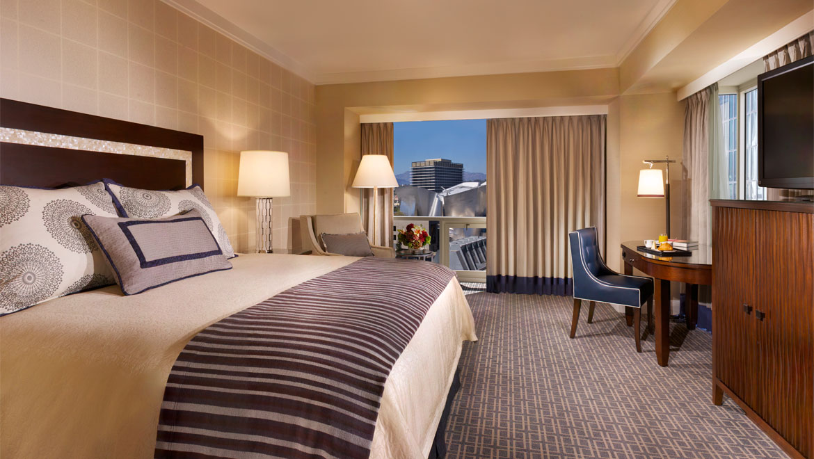 Suites In Los Angeles | Omni Los Angeles Hotel Suites