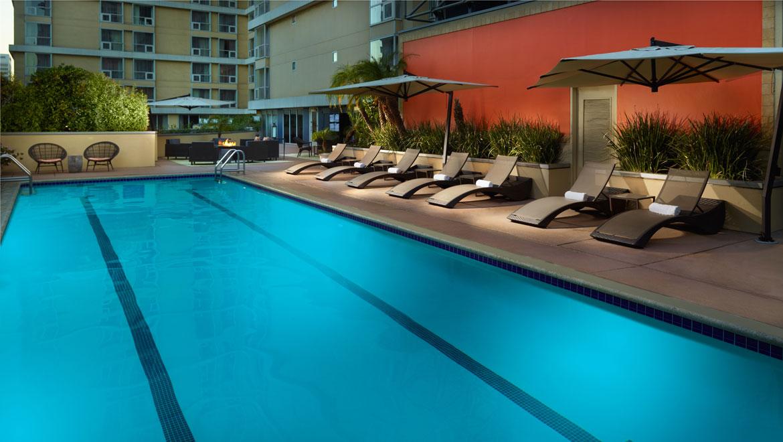 Pools in los angeles omni los angeles hotel - Best hotel swimming pools in los angeles ...