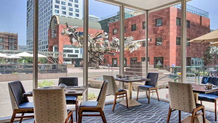 Aug 04, · When it comes to hotel rewards, playing favorites pays off—especially when it comes to free stays and red carpet treatment. But with so many options in an increasingly crowded marketplace.
