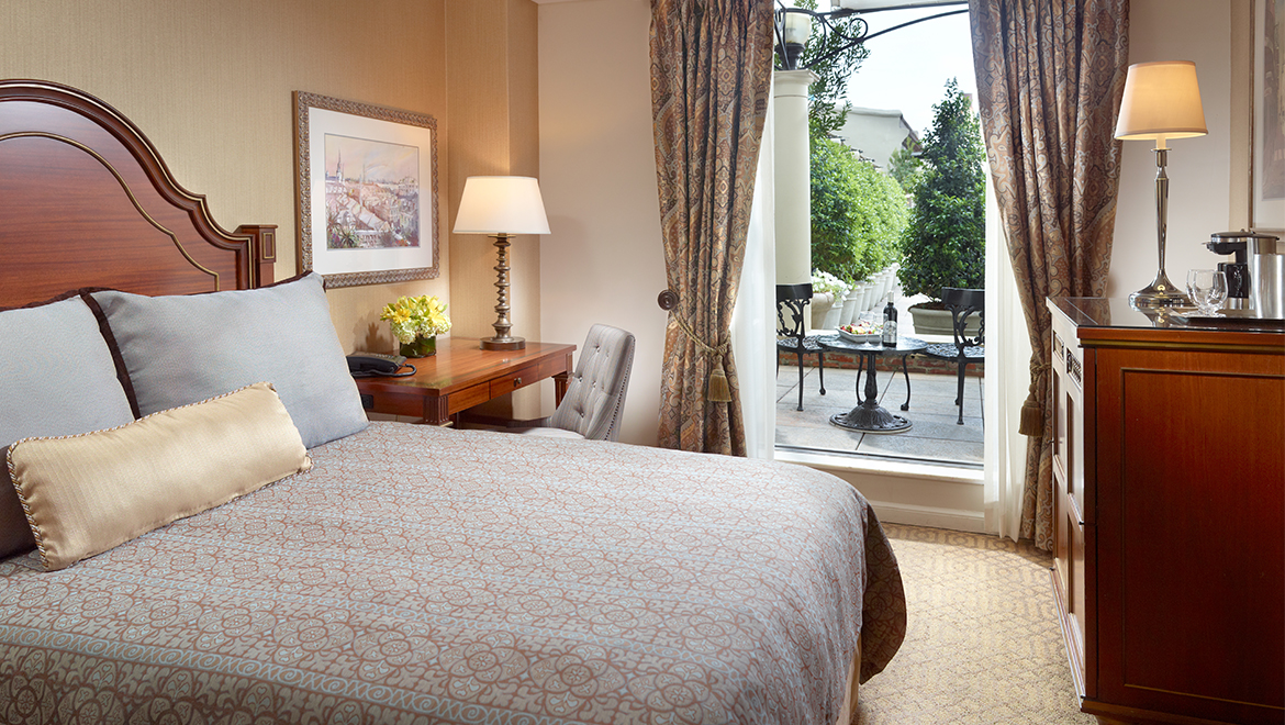 New Orleans Hotel Suites With Jacuzzi Omni Royal Orleans