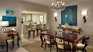 Hotel suites in new orleans luxury suites omni royal - Hotels in new orleans with 2 bedroom suites ...