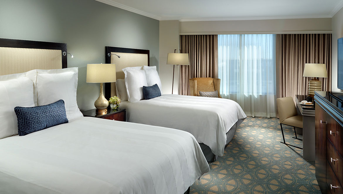 Hotel Suites in New Orleans | Omni Riverfront Hotel