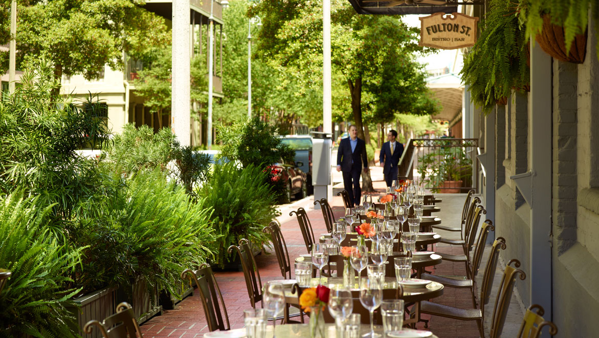 Fulton St. Bistro Bar Outdoor Dining