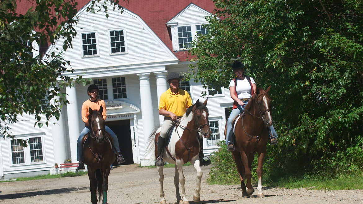 Horseback riding at Mount Washington