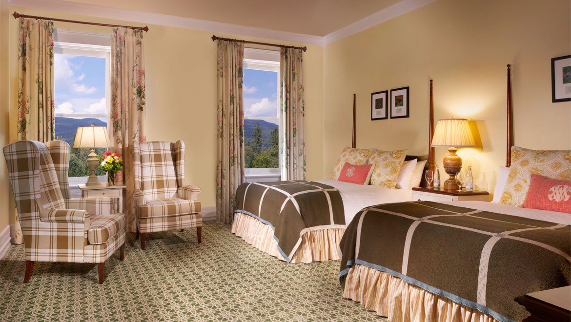 Double queen room at Mount Washington
